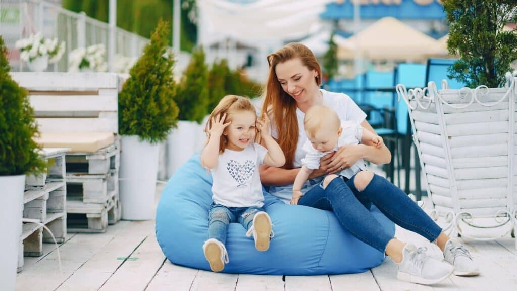How To Interact With Children? And Its Importance